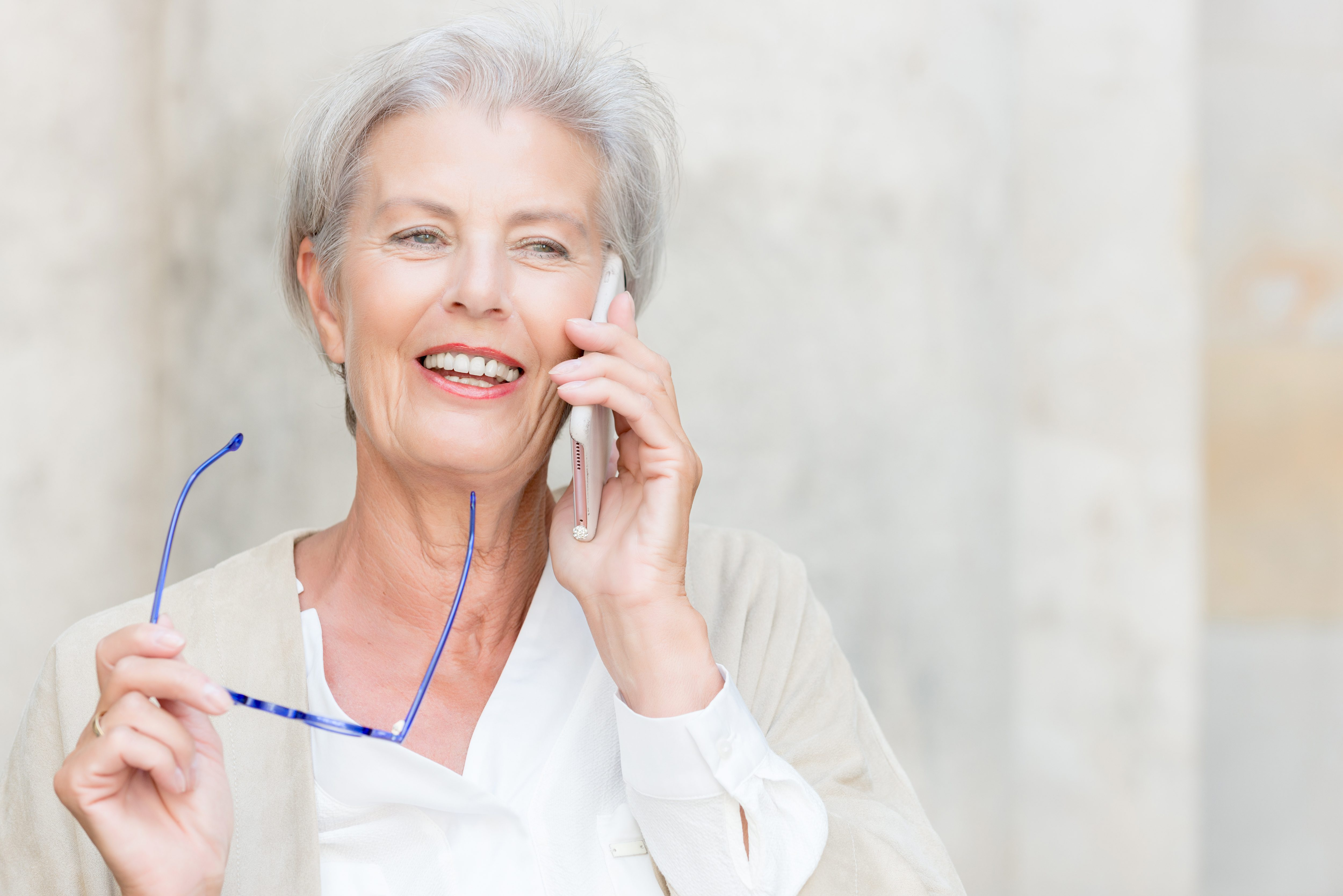 Woman on cell phone | Scottsdale ENT